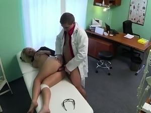 story lesbian doctor lick