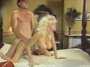shemale cumshot videos