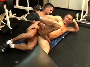 naked muscle hung young men