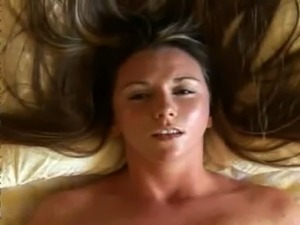 solo girl orgasm video