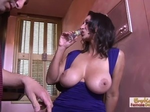 black lesbian cougar licking young pussy