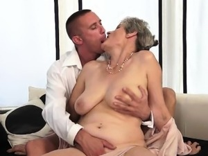 younger women sex older men