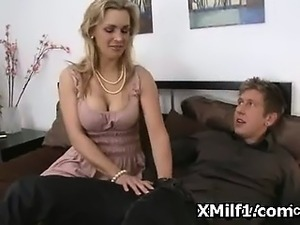 young mom fuck son free video