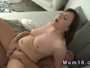 xxx mature mom