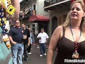 wife exposes pussy in public
