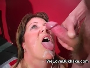 mature woman looking for sex