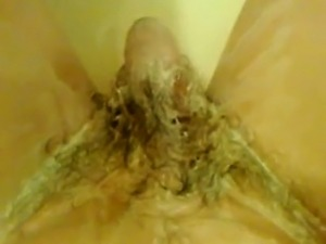 danish housewives fingering their hairy pussy