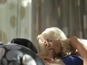 swallow cum blonde movies bi