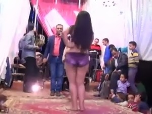 utube dancing girl video