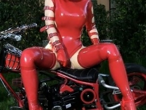 free latex rubber girls galleries