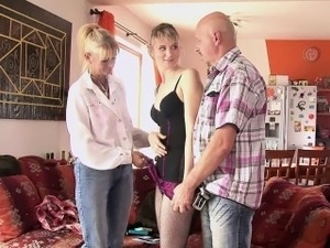 moms teaching young men sex