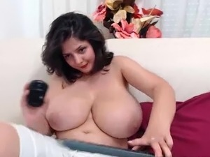 galleries of natural tits