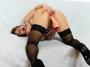 amateur mom sex slaves