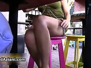 girls upskirt pictures