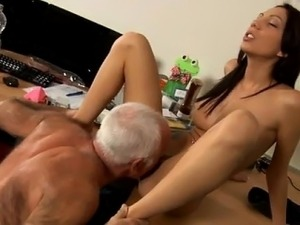 porn young and old vavina pictures