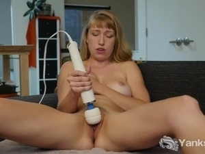 video amateur vibrator show