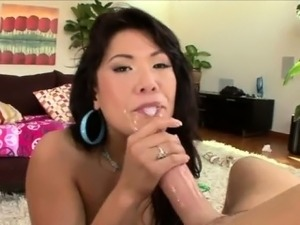 asian porn sucks two cocks