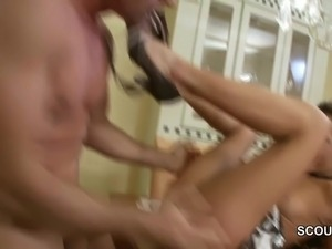 hot young naked mom