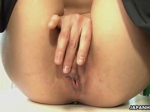 naked japanese office girl