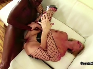 tube blonde monster anal dildos