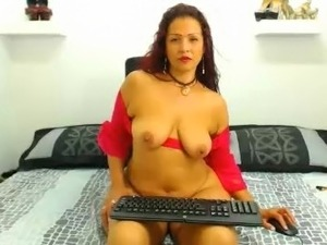 mature bitch on camera naked boobs nice milf 443