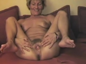 free mature saggy tits movies