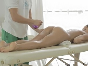 Naked girl massage video