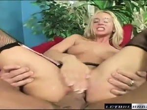 young girlfriend tits anal