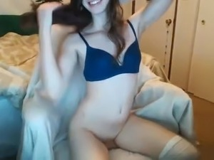 girls fucking on web cam naked