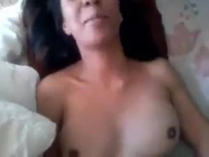Sexy arabian wife with perfect body and nice tits
