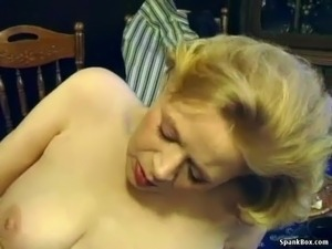 hot girl gets facial cum shot