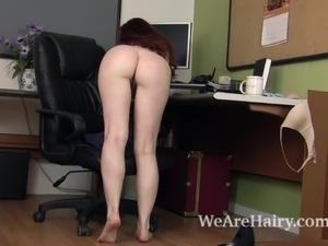 Phat hairy pussy