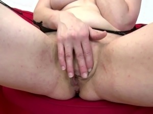 amateur mother masturbation video