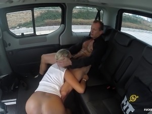 cop fucks girl over car porn