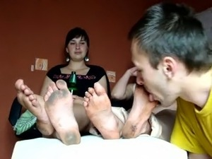 YOUNG SLAVE BOY LICKS POLISH GODDESS WERONIKA'S DIRTY FEET