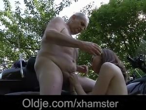 old man pussy licking young