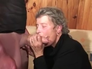 old women licking girls ass