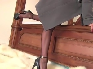 mature older women nylons video
