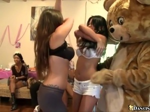 Horny girls give blowjob to Dancing Bear