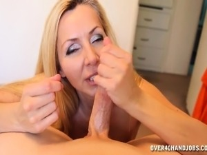 sexy moms milky nipple boobs