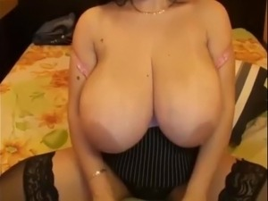 free saggy mature tit movies
