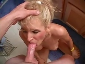 mature amateur housewife swallowing