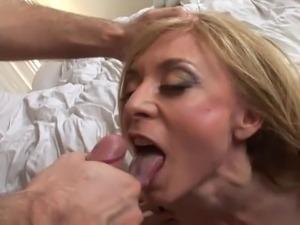mature tits on webcam