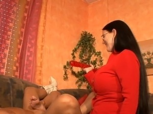 son eating moms pussy