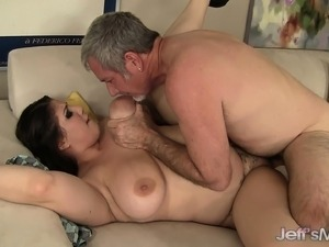 Plumpers big boobs