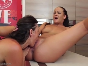 making wife feel sexy