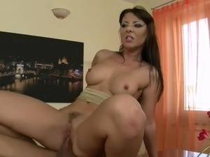 Horny secretary Maria Belucci amazing fuck in the office