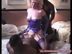 wife fuck strangers club dance story