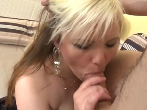 daily free video girl young old