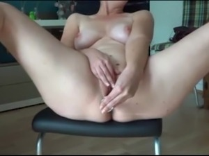 solo girl first fuck